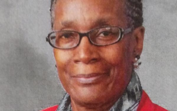 Headshot of Bonnie Worthy