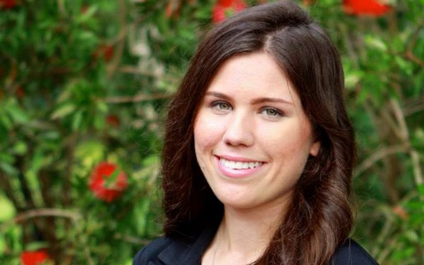 Kathryn Wilcox Headshot