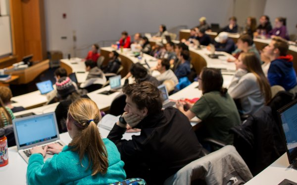 Class in a lecture hall (Photo by Annie O'Neill