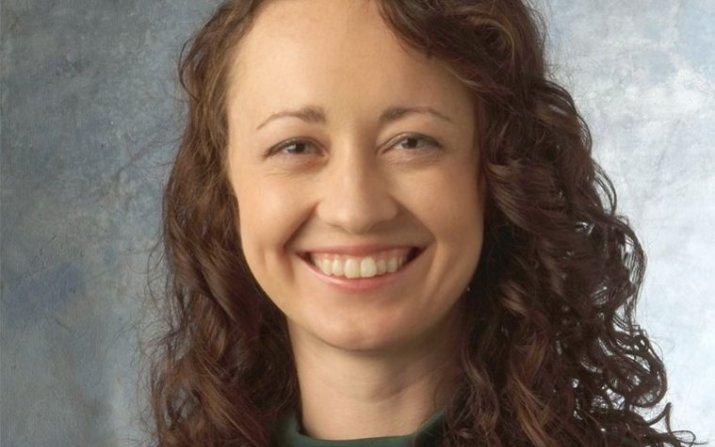 Headshot of Julie Renner