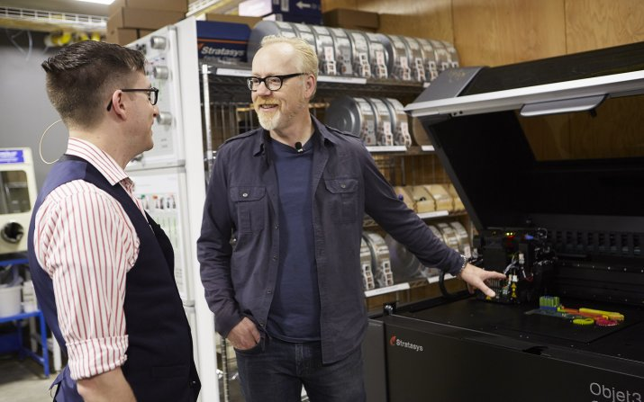 Adam Savage tours Sears think[box] with manager Ian Charnas