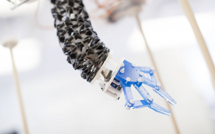 Origami-inspired robot arm