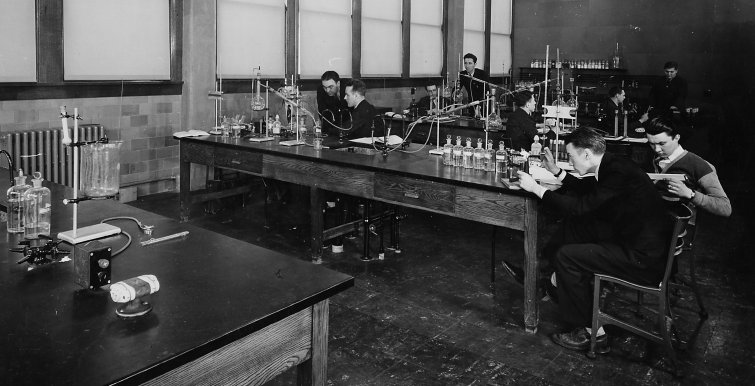 Historic photo of students working in a lab circa 1939